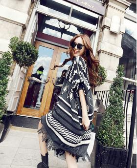 New Women's Oversize Loose Geometric Patterns Tassels Cloak