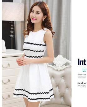 Sweet Wave Pattern Sleeveless Dress