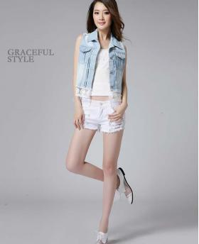 Fashion Beading Holes White Denim Shorts