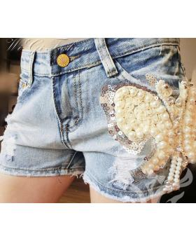 Fashion Pearl Butterfly Embroidered Denim Shorts