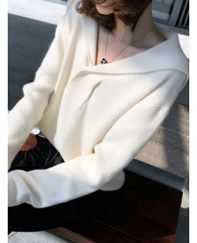 Autumn and Winter Fashion Fresh Style and Sweet Lapel Loose Sweater - Beige