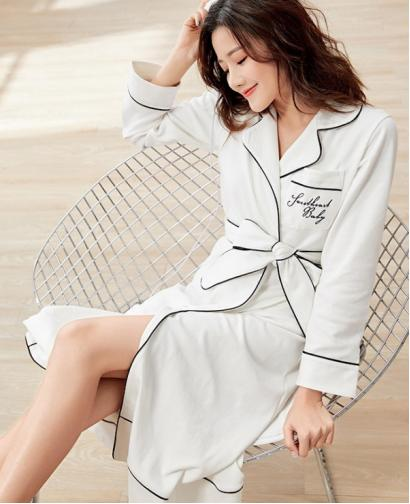 Spring Autumn Season Korean Style Women Cute Sexy Cotton Long  Style Robe Bathrobe Fashion Home Clothing